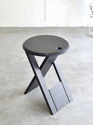 stool01.jpg