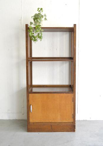bookcase_tobira1.jpg