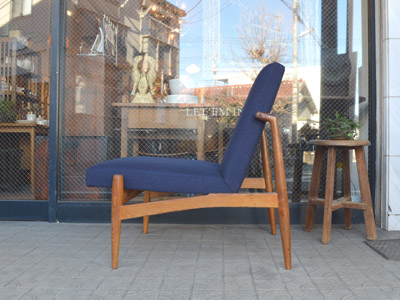 sofa3.jpg